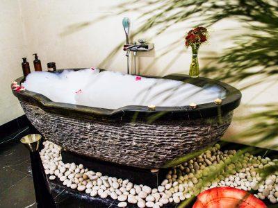 СПА вана във хотел