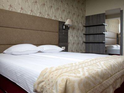 легло в хотелски апартамент