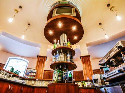 Лоби бар на СПА хотел Двореца