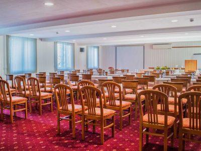 Голяма конферентна зала в хотел